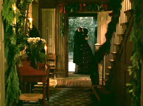 little-women-orchard-house-entry-hall-christmas
